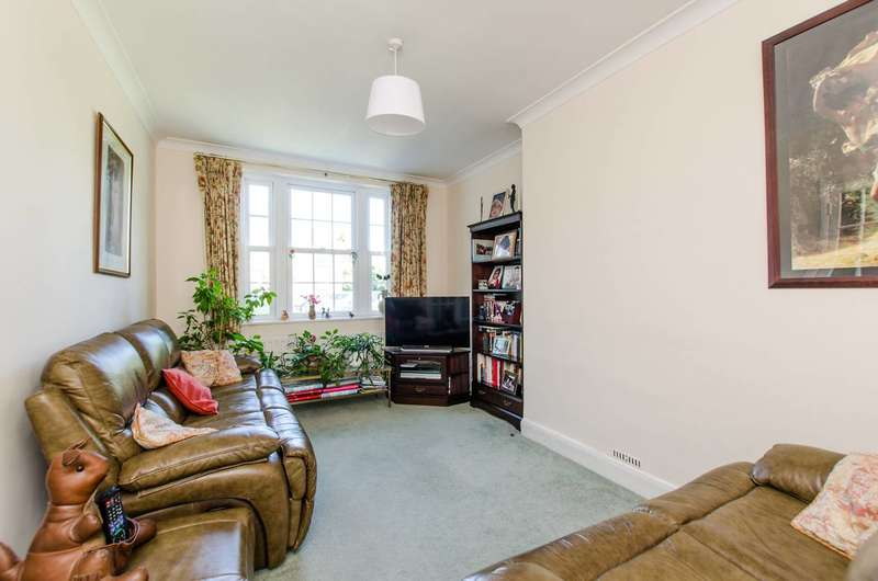 3 Bedrooms House for sale in Whinfell Close, Streatham, SW16