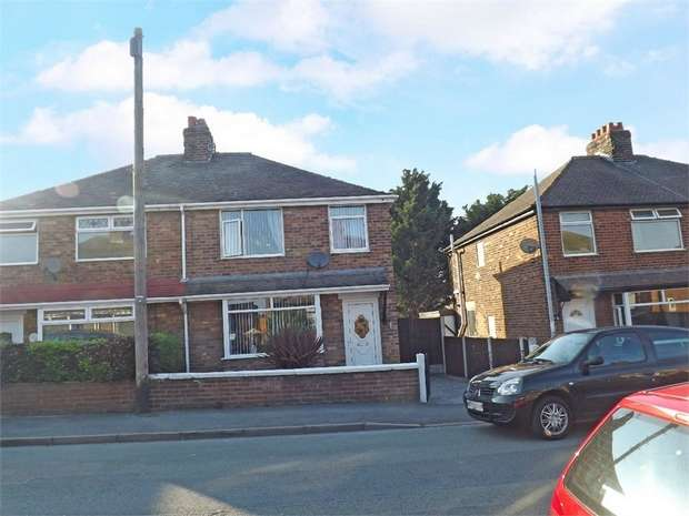 3 Bedrooms Semi Detached House for sale in Albert Avenue, Flint