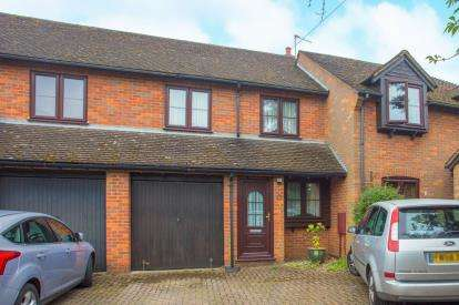 3 Bedrooms Terraced House for sale in Old Place Gardens, High Street, Bedmond, Abbots Langley