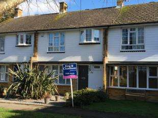 3 Bedrooms Terraced House for sale in Countisbury Close, Bognor Regis, West Sussex