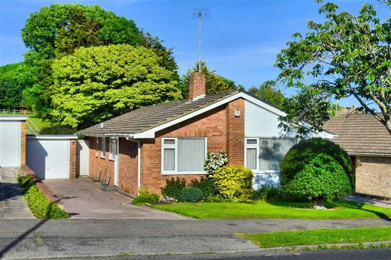 3 Bedrooms Detached Bungalow for sale in Lexden Road, Seaford, East Sussex