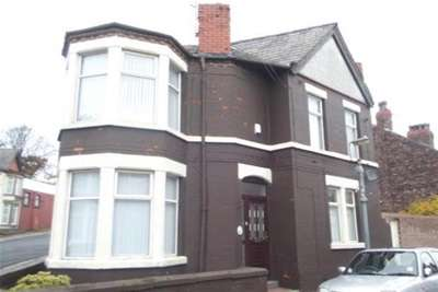 4 Bedrooms House for rent in Willowdale Road, L18