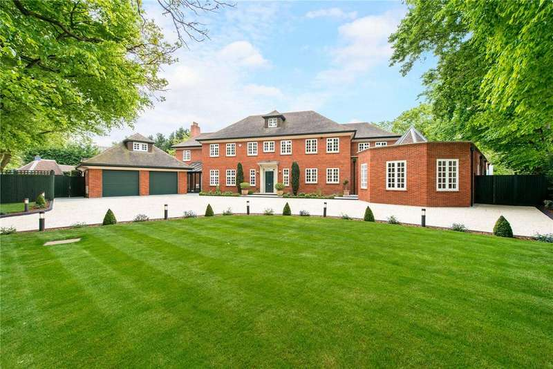 7 Bedrooms Detached House for sale in Woodside Walk, Northwood, Middlesex, HA6