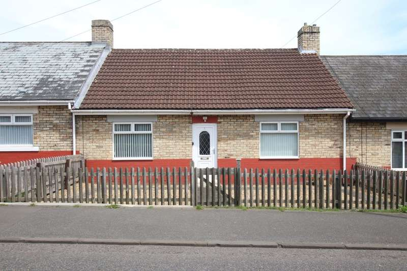 2 Bedrooms Bungalow for sale in Mill Road, Chopwell, Newcastle Upon Tyne, NE17