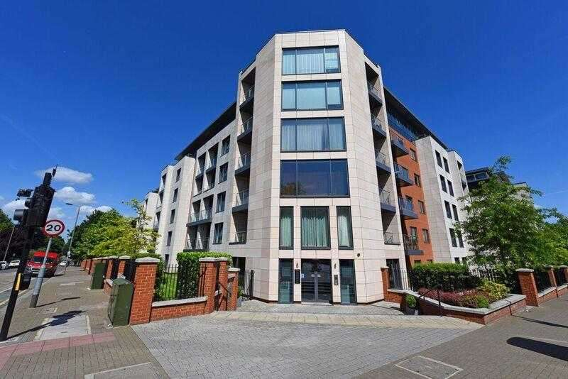 2 Bedrooms Apartment Flat for sale in College House, 52 Putney Hill, Putney