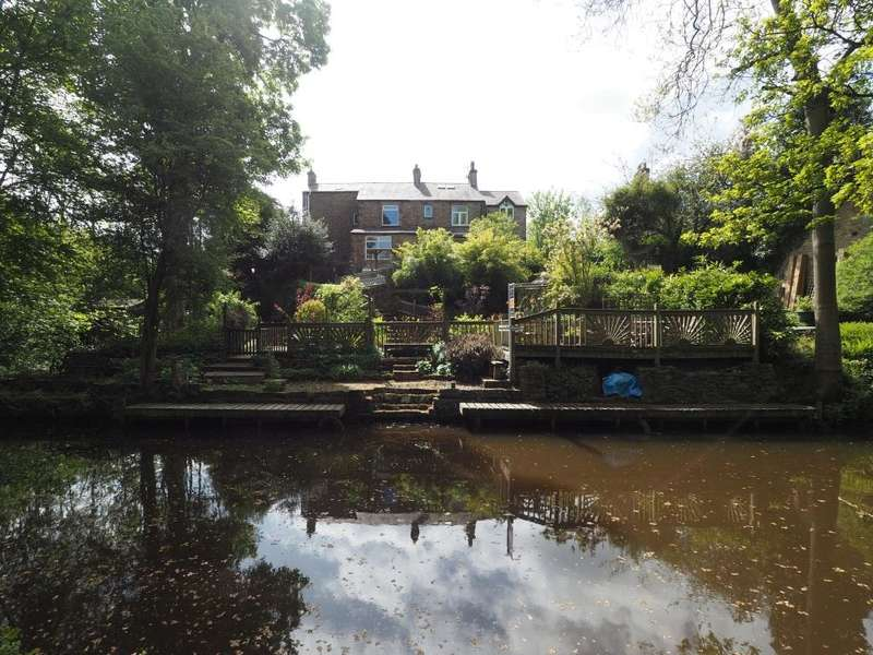 3 Bedrooms Semi Detached House for sale in Bridgemont, Whaley Bridge, High Peak, Derbyshire, SK23 7PD