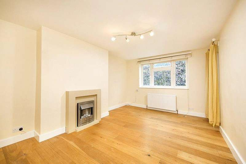2 Bedrooms Flat for sale in Brick Farm Close, Kew, Richmond, Surrey, TW9