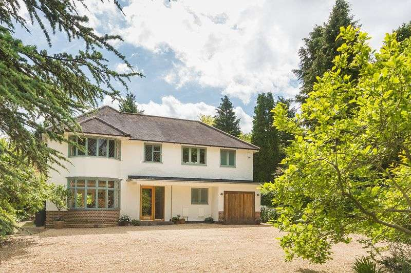 5 Bedrooms Property for sale in Cumnor Hill, Oxford