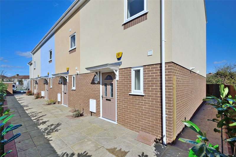 4 Bedrooms Terraced House for sale in Freshbrook Mews, 1 Freshbrook Road, Lancing, BN15