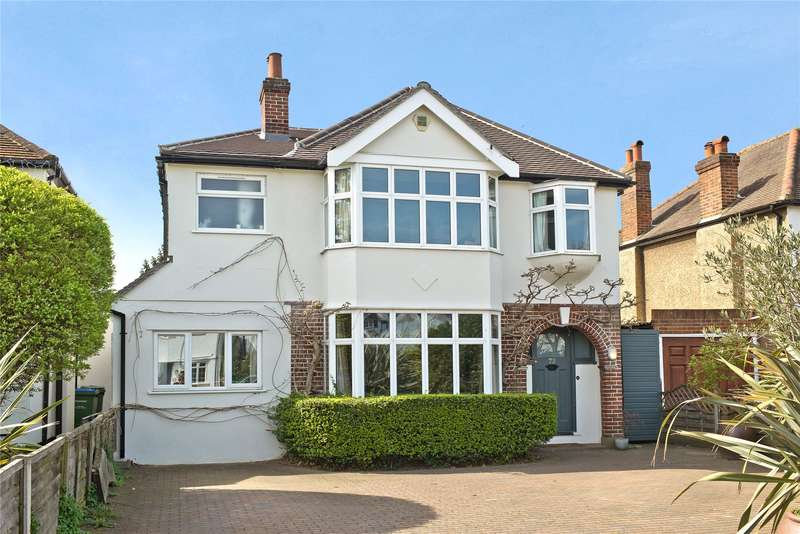 4 Bedrooms Detached House for sale in Esher Road, East Molesey, Surrey, KT8
