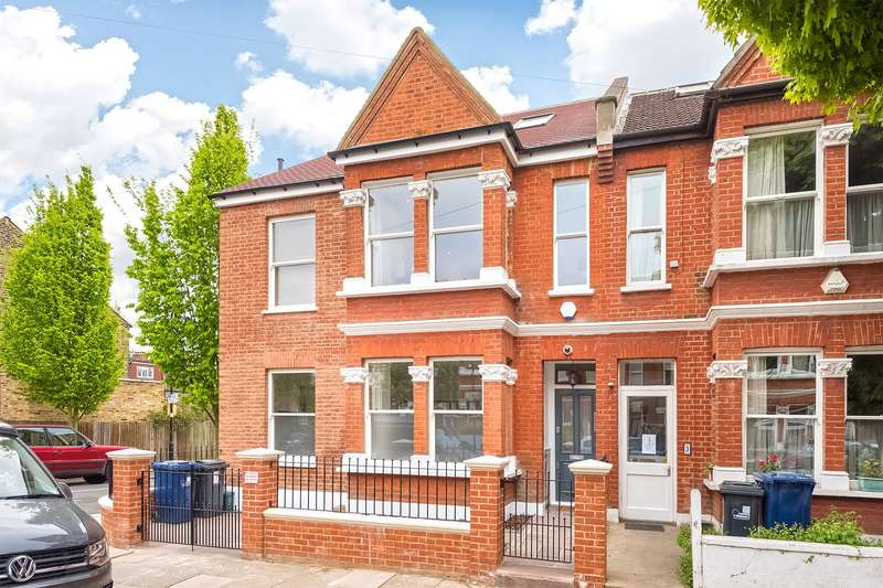 4 Bedrooms End Of Terrace House for sale in Hatfield Road, London, W4