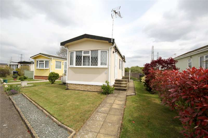 2 Bedrooms Mobile Home for sale in New Site, Meadowlands, Addlestone, Surrey, KT15