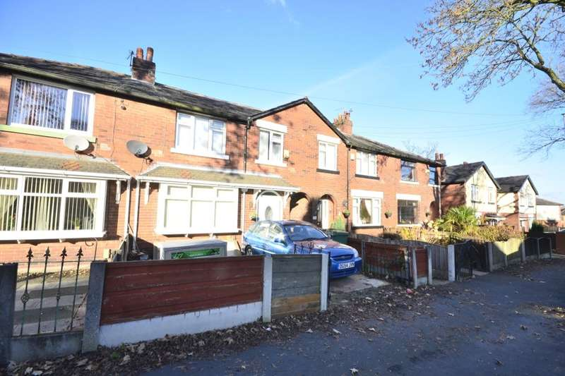 3 Bedrooms Semi Detached House for sale in Carnation Road, Farnworth, Bolton, BL4