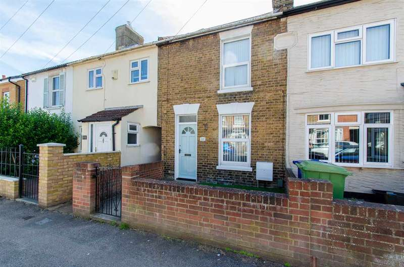 2 Bedrooms Terraced House for sale in Park Road, Sittingbourne