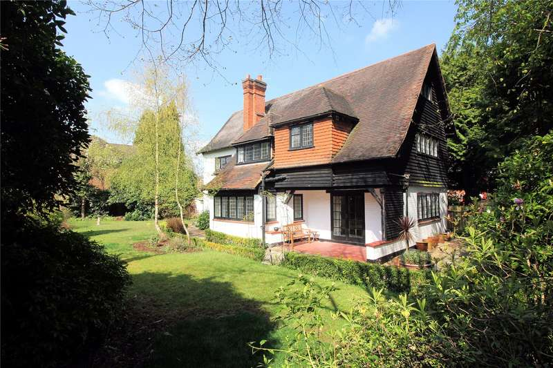6 Bedrooms Detached House for sale in Hook Heath Road, Woking, Surrey, GU22