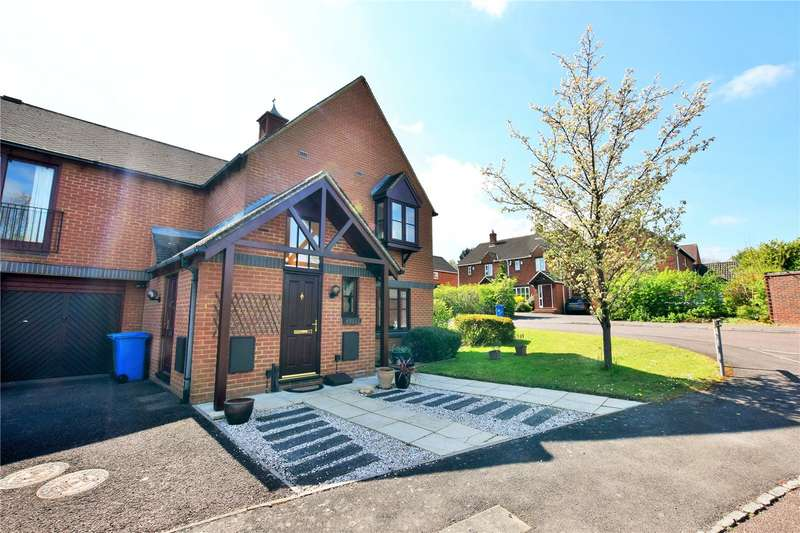 2 Bedrooms Apartment Flat for sale in Target Hill, Warfield, Berkshire, RG42
