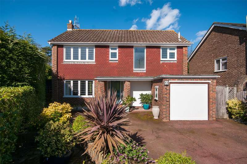 4 Bedrooms Detached House for sale in Stonecourt Close, Horley, Surrey, RH6