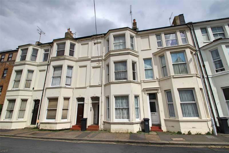 1 Bedroom Apartment Flat for sale in Western Place, Worthing, West Sussex, BN11