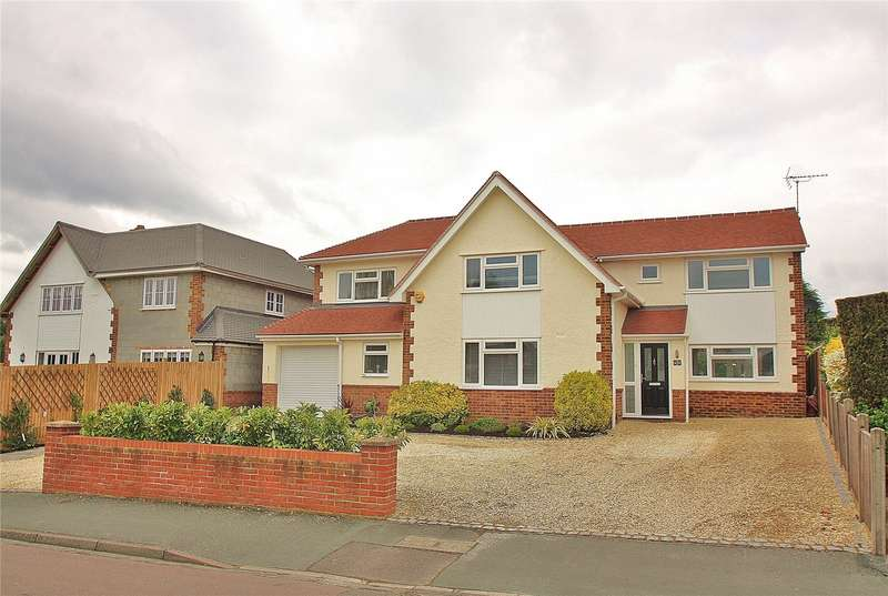 4 Bedrooms Detached House for sale in Commonfields, West End, Woking, Surrey, GU24