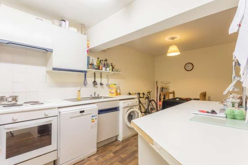 2 Bedrooms Flat for sale in Boulevard, Hull, East Yorkshire, HU3
