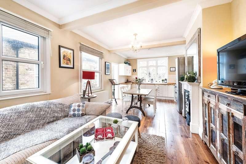 2 Bedrooms Maisonette Flat for sale in Southfield Road, London, W4