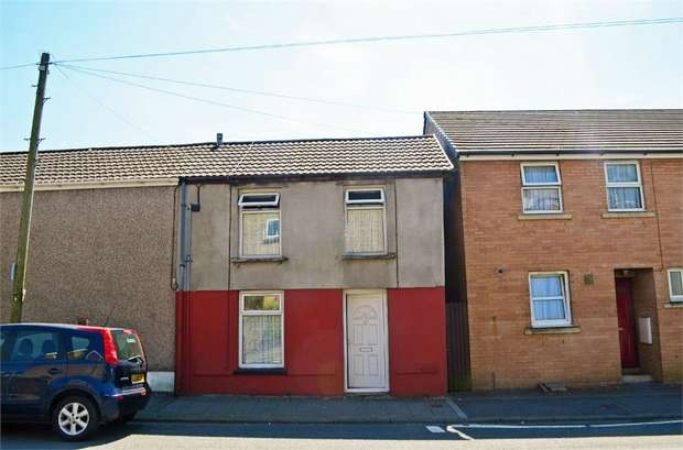 2 Bedrooms Semi Detached House for sale in William Street, Ystrad, Pentre, Mid Glamorgan