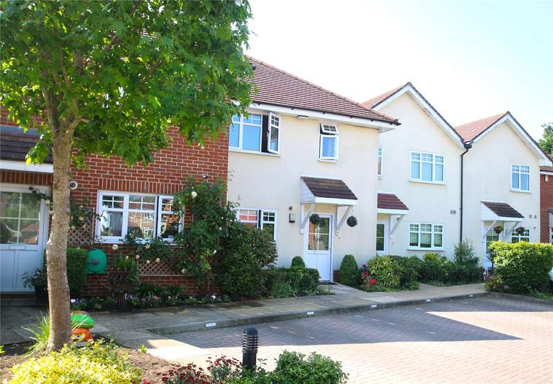 3 Bedrooms Terraced House for sale in Loxley Close, Byfleet, Surrey, KT14