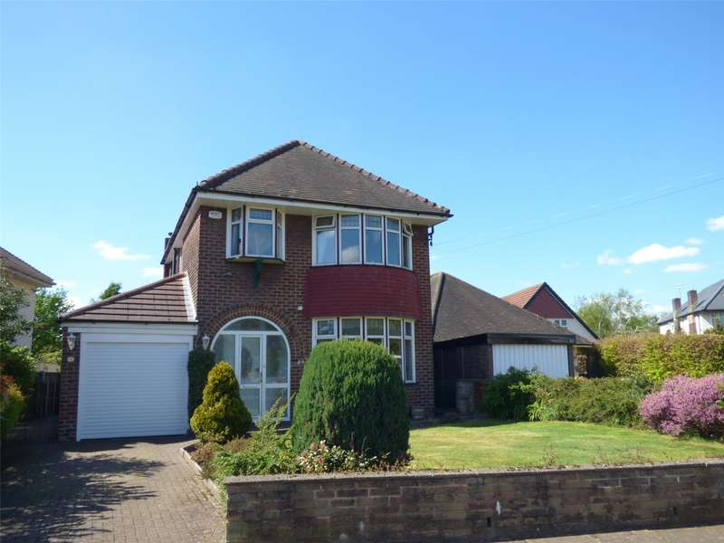 3 Bedrooms Detached House for sale in Alkrington Hall Road South, Alkrington, Middleton, Manchester, M24