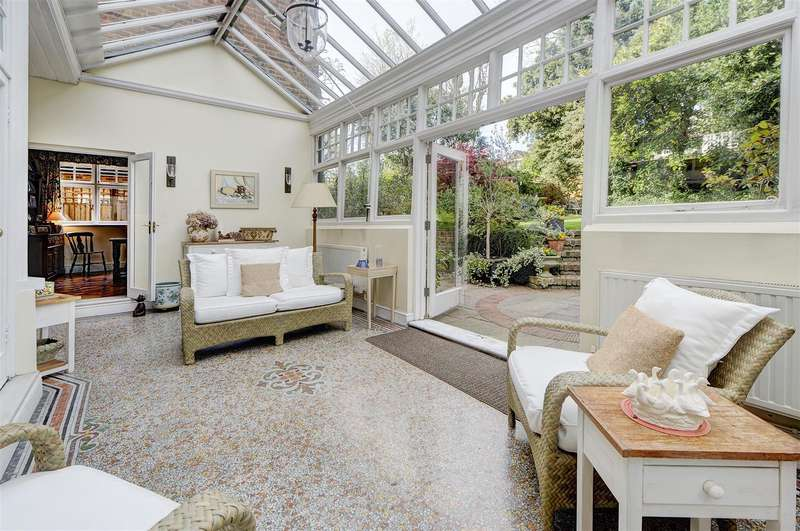 7 Bedrooms House for sale in Ferncroft Avenue, Hampstead, NW3