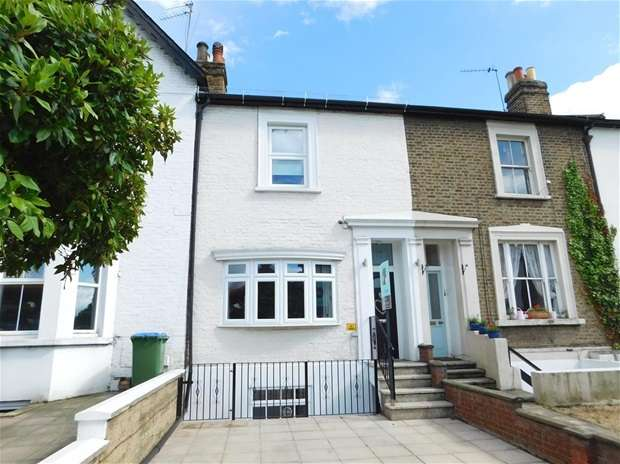 3 Bedrooms Terraced House for sale in Portsmouth Road, Thames Ditton
