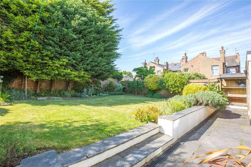 4 Bedrooms House for sale in Church Lane, East Finchley, London, N2
