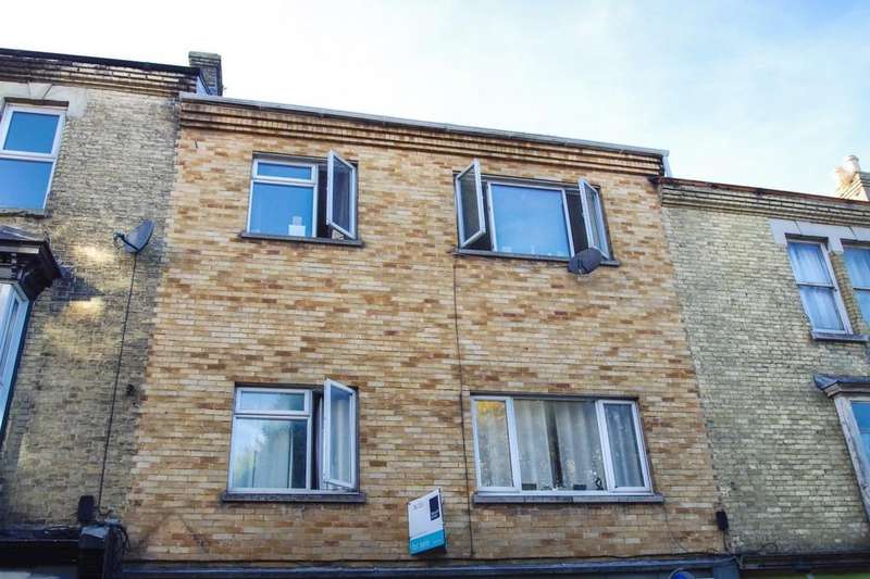 1 Bedroom Flat for sale in High Street, Shanklin, PO37