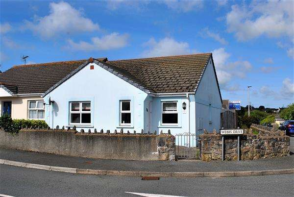 2 Bedrooms Semi Detached Bungalow for sale in 2 Webbs Drive
