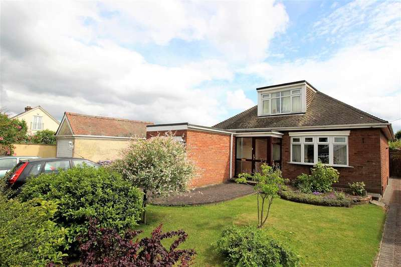 3 Bedrooms Bungalow for sale in Crowstone Road