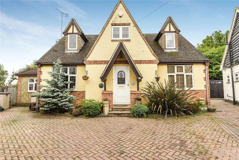 4 Bedrooms House for sale in Keswick Gardens, Ruislip, Middlesex, HA4