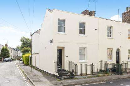 2 Bedrooms End Of Terrace House for sale in Albert Place, Cheltenham, Gloucestershire, Cheltenham