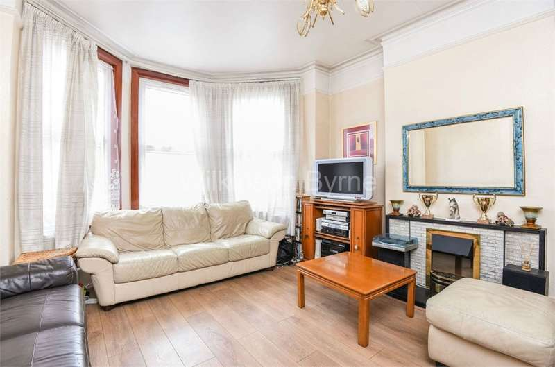 2 Bedrooms Flat for sale in Brownlow Road, Bounds Green