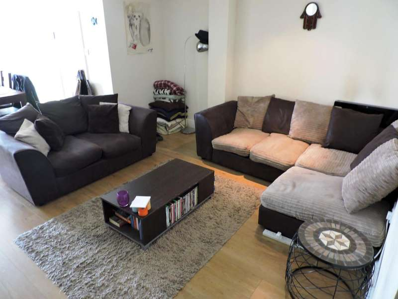 2 Bedrooms Ground Flat for rent in Richmond Place, Brighton