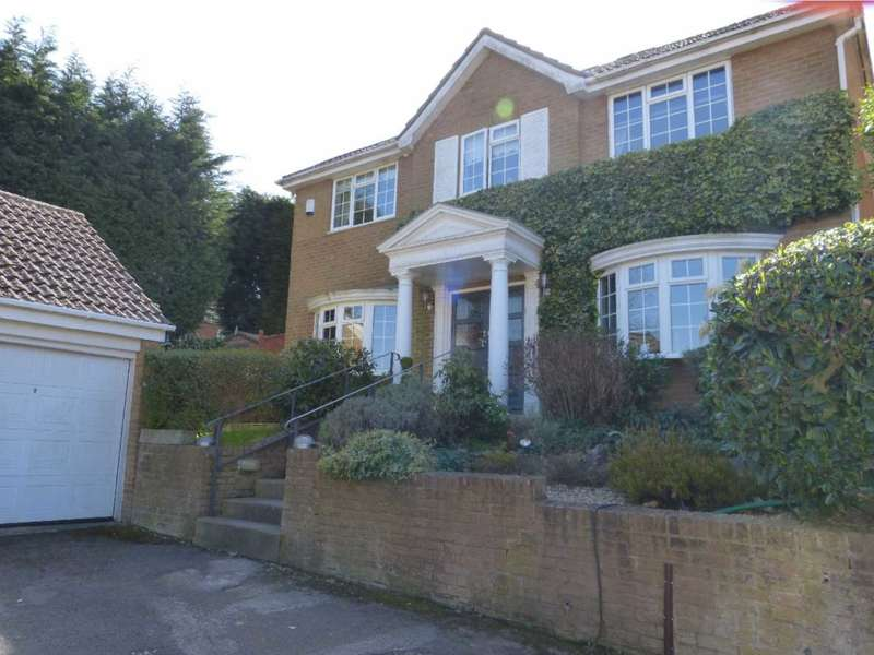 5 Bedrooms Detached House for sale in Hadley Close, Elstree