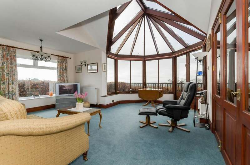 4 Bedrooms Detached House for sale in Rising Sun Bungalow, Thornton Hill, Easingwold