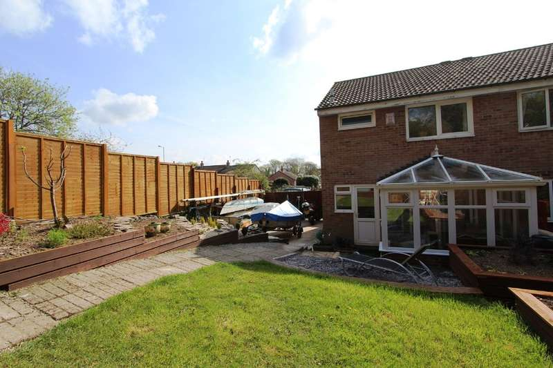 3 Bedrooms Semi Detached House for sale in Trevithick Avenue, Torpoint