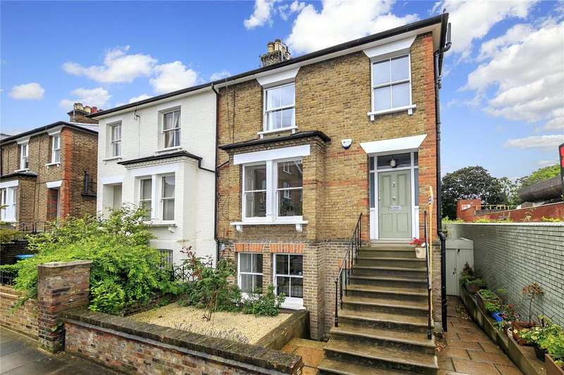 3 Bedrooms Semi Detached House for sale in Grosvenor Road, Richmond, Surrey