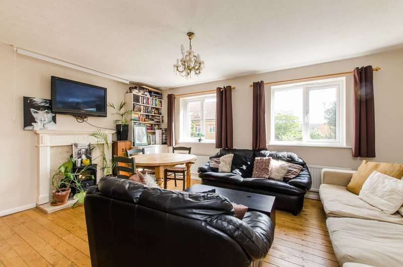 5 Bedrooms Terraced House for sale in Heathfield Drive, Colliers Wood, CR4