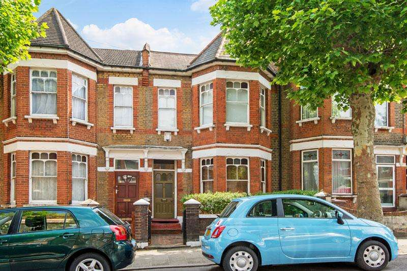 3 Bedrooms Terraced House for sale in Mildenhall Road, Hackney E5