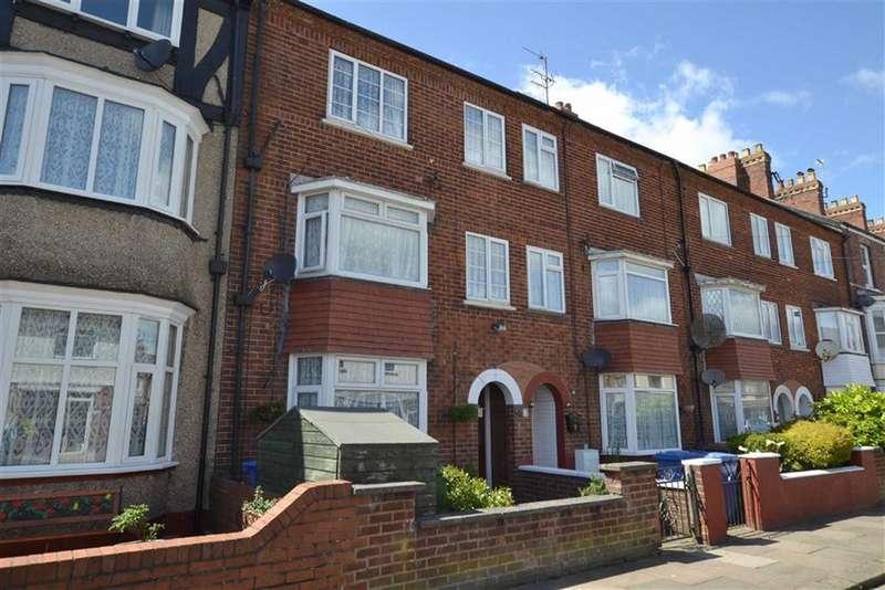 8 Bedrooms Property for sale in New Burlington Road, BRIDLINGTON, East Riding Of Yorkshire, YO15