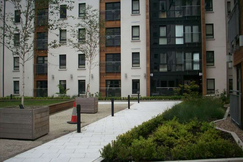 2 Bedrooms Apartment Flat for sale in The Atrium, Waterfront Plaza