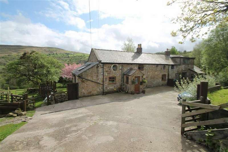 3 Bedrooms Country House Character Property for sale in Ffordd Isaf, Gwynfryn