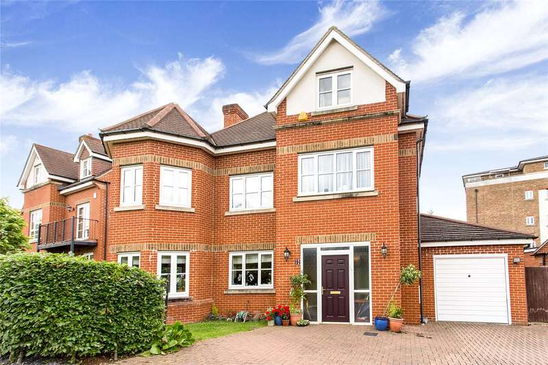 5 Bedrooms Detached House for sale in Goodhall Close, Stanmore, Middlesex, HA7