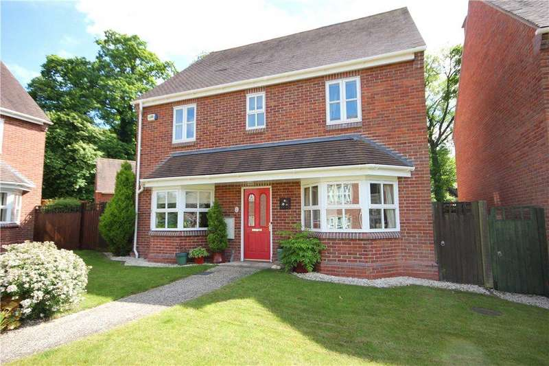 4 Bedrooms Detached House for sale in Woodfield Gardens, Belmont, Hereford, HR2