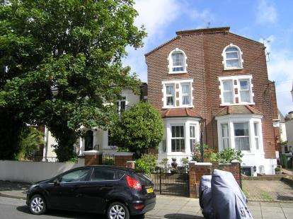 6 Bedrooms End Of Terrace House for sale in Southsea, Hampshire